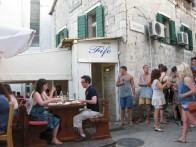 TAVERN FIFE, SPLIT